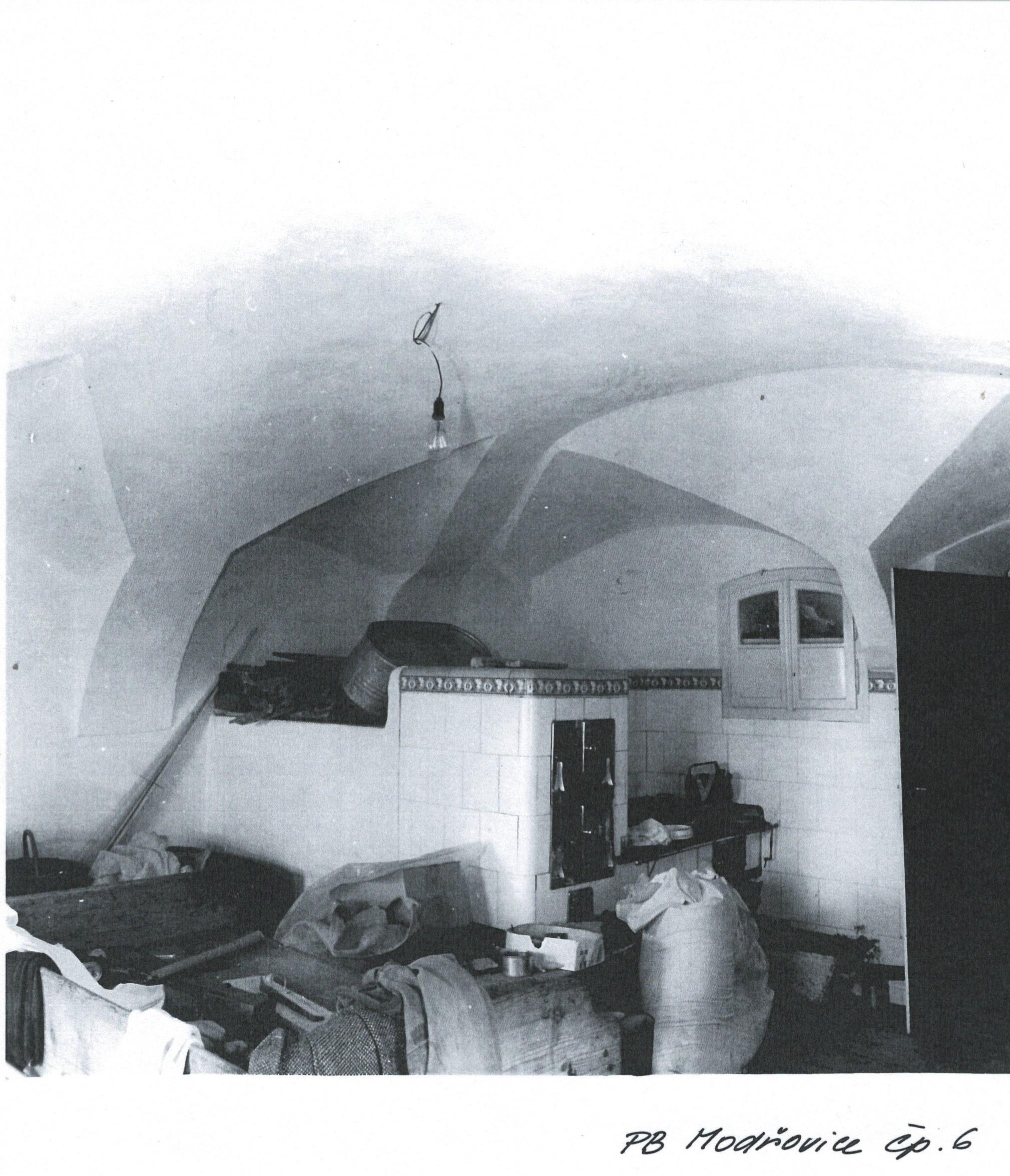 Stavení-pec-interiér